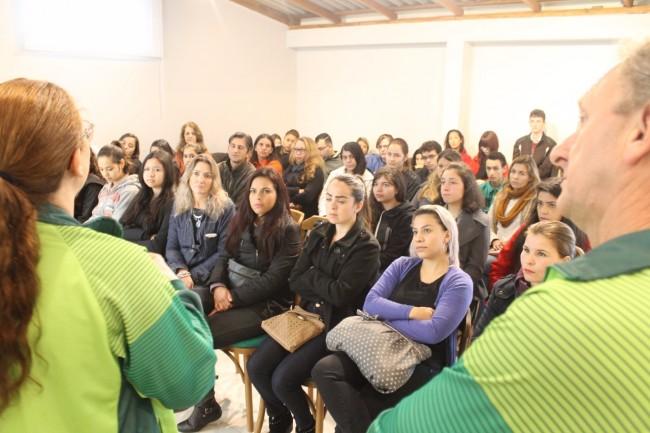 Estudantes se surpreendem ao conhecer a Princesa dos Campos