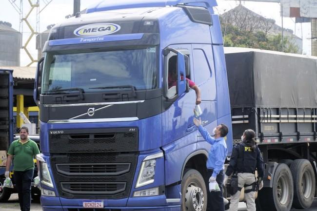 Ação Social realizada pelos motoristas da Princesa dos Campos
